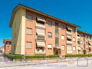 Foto - Quadrilocale ottimo stato, secondo piano, Carassone, Mondovì