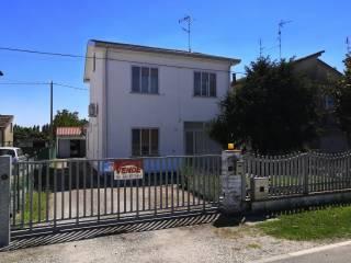 Foto - Terratetto unifamiliare via Virgiliana 168, Pilastri, Bondeno