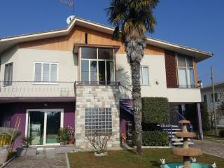 Photo - Single family villa 559 sq.m., Pederobba