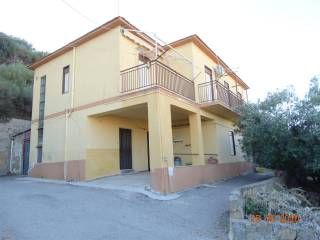 Photo - Single-family townhouse 184 sq.m., good condition, Caltanissetta