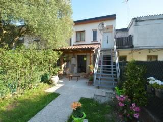 Foto - Villa a schiera via Gorizia 82, Mainizza, Farra d'Isonzo