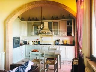 Foto - Dreizimmerwohnung oberste Etage, San Costanzo
