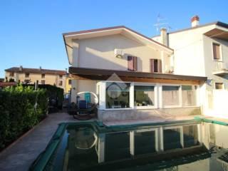 Foto - Villa unifamiliare, ottimo stato, 200 mq, Roverbella
