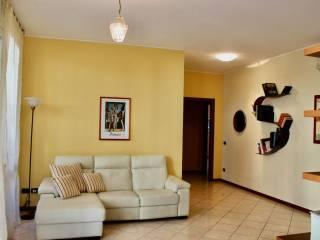 Фотография - Четырехкомнатная квартира хорошее состояние, нулевой этаж, San Pietro, Pavia
