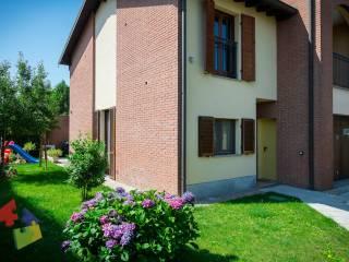 Foto - Villa unifamiliare via Papa Giovanni Paolo II, Trivolzio