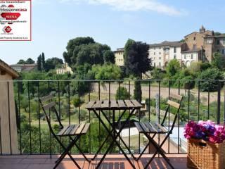 Foto - Trilocale via DEI PISPINI, 124, Pispini, Siena