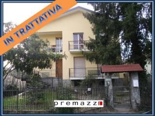 Foto - Villa unifamiliare via Roma, Tradate