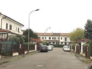 Foto - Villa a schiera via Francesco Petrarca, Vermezzo con Zelo