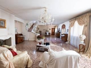 Foto - Villa unifamiliare, buono stato, 496 mq, San Biagio, Teolo
