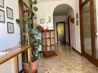 Foto - Einfamilienvilla, guter Zustand, 278 m², Fossato di Vico