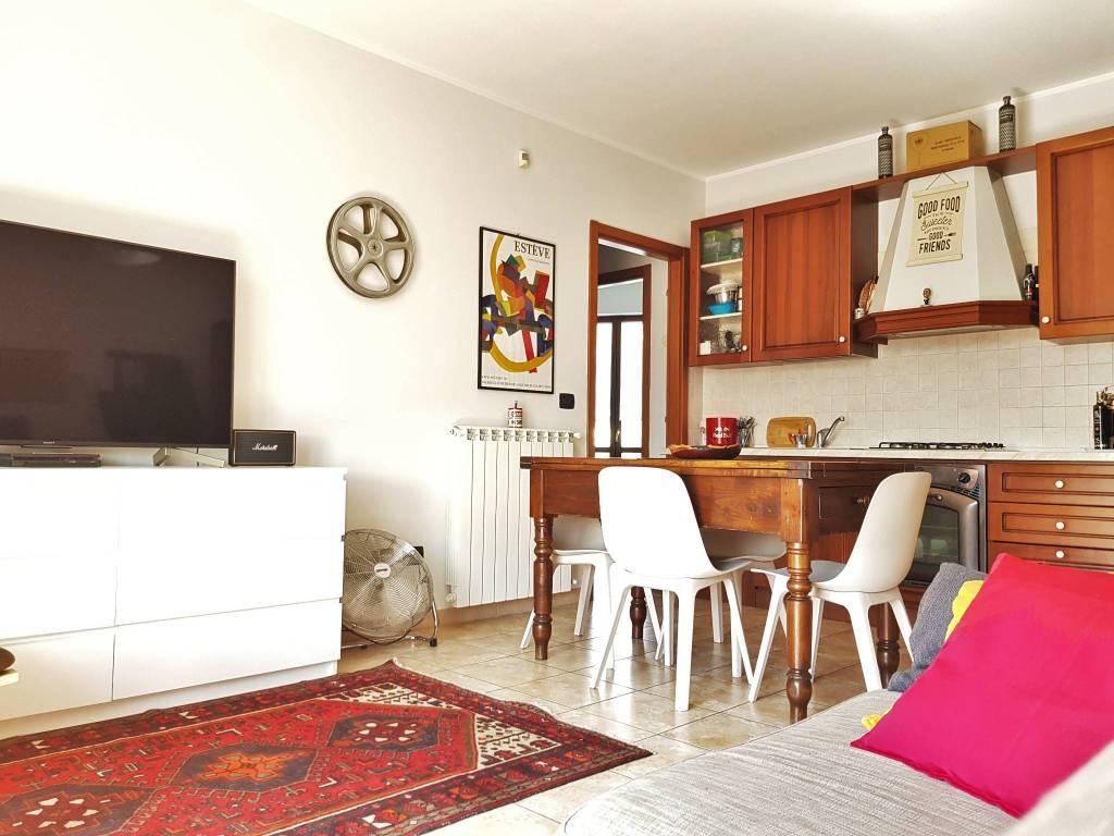Vendita Appartamento Moncalieri. Trilocale in via ...