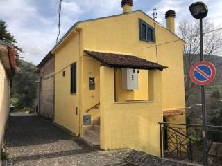 Foto - Trilocale via Tasciotta, Villa Felice, Colfelice