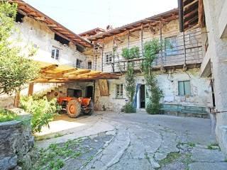 Foto - Rustico, da ristrutturare, 520 mq, Celena, Caprino Bergamasco