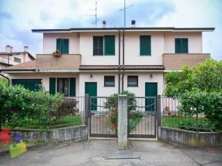 Foto - Villa bifamiliare via Giuseppe Ungaretti 1, Motta Visconti