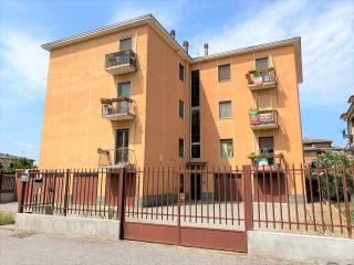 Foto - Trilocale buono stato, terzo piano, Viale Cremona, Pavia