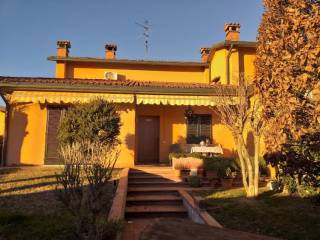 Photo - Terraced house 4 rooms, good condition, Malagnino