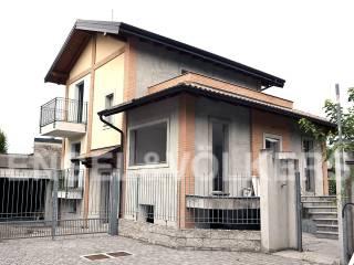 Photo - Single family villa via Aldo Moro, Boffalora Sopra Ticino