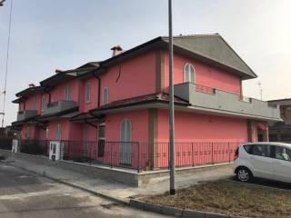 Foto - Villa a schiera 4 locali, nuova, Sesto ed Uniti