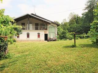 Photo - Two-family villa, excellent condition, 203 sq.m., Boves