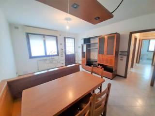 Photo - 3-room flat via Vincent Bachelet, Mestrino