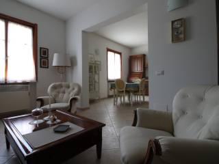 Photo - 4-room flat via Giacomo Brodolini, Spino d'Adda
