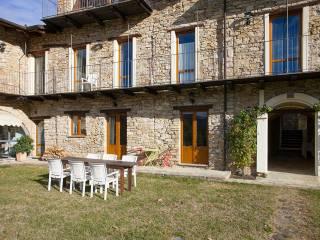 Foto - Rustico regione Piovero, Pezzolo Valle Uzzone