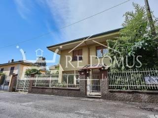 Foto - Appartamento in villa via Monviso 13, Cesano Maderno