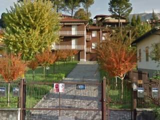 Foto - Quadrilocale via Agro 7, Caprino Bergamasco