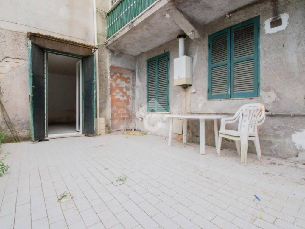 Vendita Appartamento Roma. Bilocale in via Basilio Puoti 8 ...