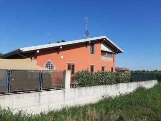 Foto - Villa bifamiliare via Enrico Mainardi, Ticengo