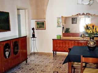 Foto - Trilocale via Giulio Cesare 32, Monteparano