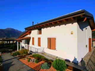 Foto - Villa unifamiliare, ottimo stato, 330 mq, Lierna