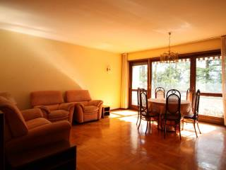 Foto - Appartamento buono stato, secondo piano, Semicentro, Trento