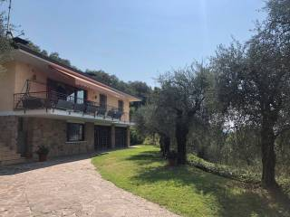 Foto - Villa unifamiliare via Belvedere, Gardone Riviera