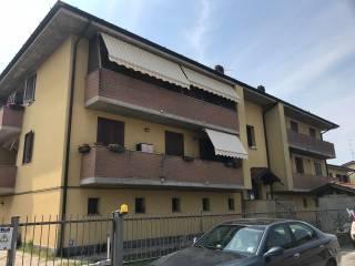 Foto - Trilocale via Alcide De Gasperi 63, Caselle Lurani