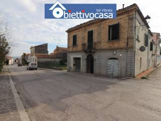 Foto - Terratetto unifamiliare via Giacomo Matteotti 12, Nereto