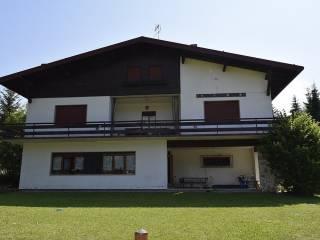 Photo - 3-room flat via Zaitaperck, Roana