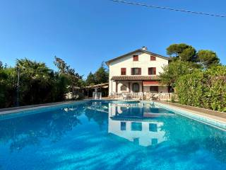 Foto - Villa unifamiliare Strada di Santa Colomba, Torraccia - Tre Ponti, Pesaro
