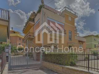 Photo - 3-room flat via Alto Adige 6, Tivoli