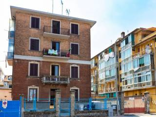 Photo - 3-room flat via Natale Palli 3, San Pietro, Moncalieri