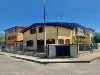 Foto - Villa unifamiliare via Porrini 50, Chignolo Po