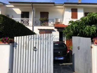 Foto - Villa a schiera 5 locali, buono stato, Pietrasanta