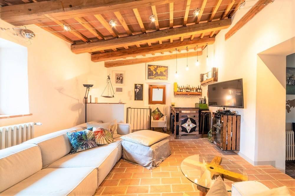Vendita Casa colonica in Località Bifolcheria Figline e ...