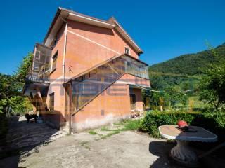 Foto - Villa plurifamiliare via Cesare Cantù 55, San Zeno, Olgiate Molgora