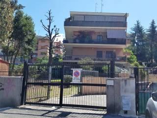 Foto - Villa a schiera via Mattia Battistini 176, Boccea, Roma