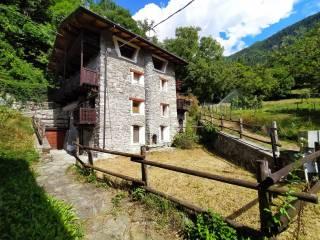 Foto - Appartamento in villa frazione Valmignana 5, Saint-Vincent