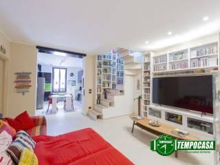 Photo - 4-room flat via Matteotti, Binasco