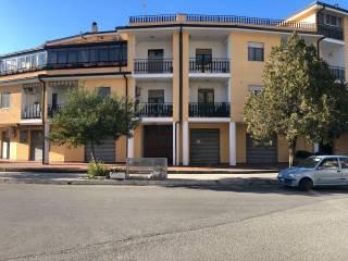 Foto - Trilocale ottimo stato, terzo piano, Montalto Uffugo