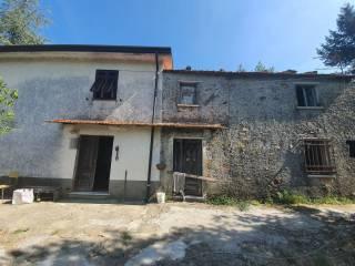 Foto - Casa colonica, da ristrutturare, 167 mq, Fosdinovo