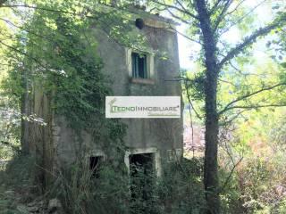 Foto - Casale via Dardene, Vallemaio